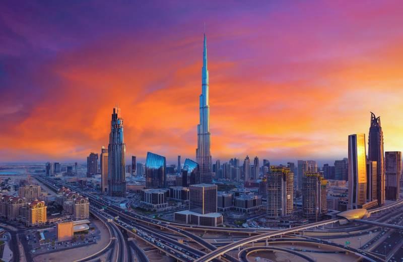 je snadné v Dubaji připojit co dělat, když poprvé začnete chodit s dívkou
