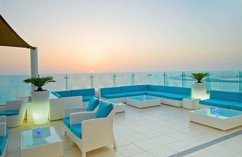 Hilton Dubai The Walk 4*