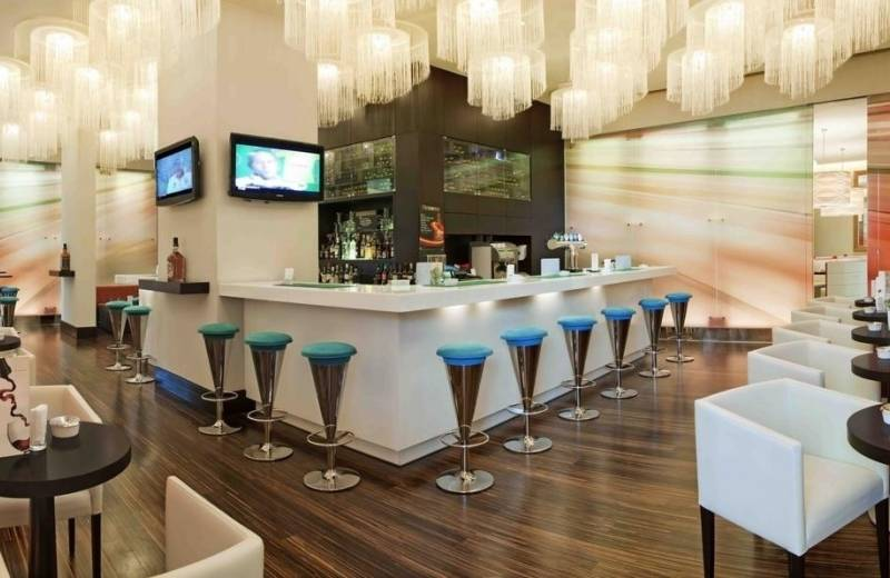 Hotel Ibis Mall Of The Emirates - Bar
